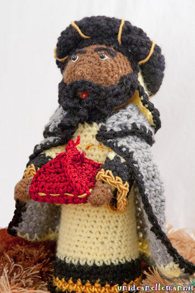 Come fare un presepe creativo con la lana e luncinetto