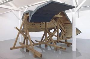 Sarah Fauguet & David Cousinard, Carlingue, 2011. Bois panneau et bois massif. Dimensions variables. Production 40mcube. Photo : Patrice Goasduff.
