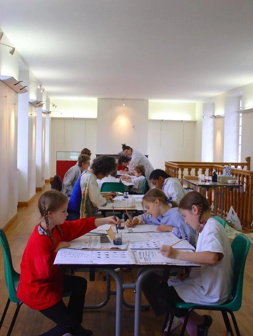 Atelier de calligraphie médiévale Avranches