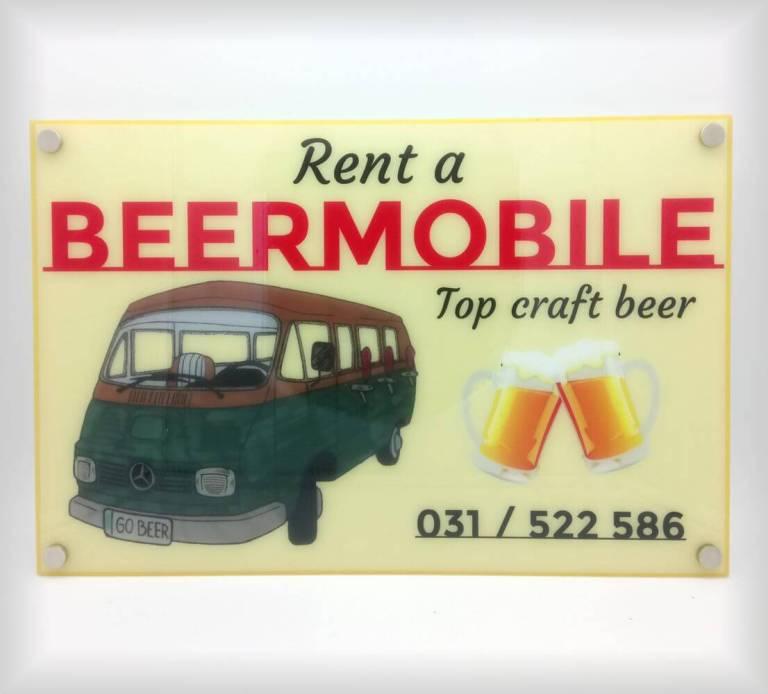 Reklamna tabla Beermobile.