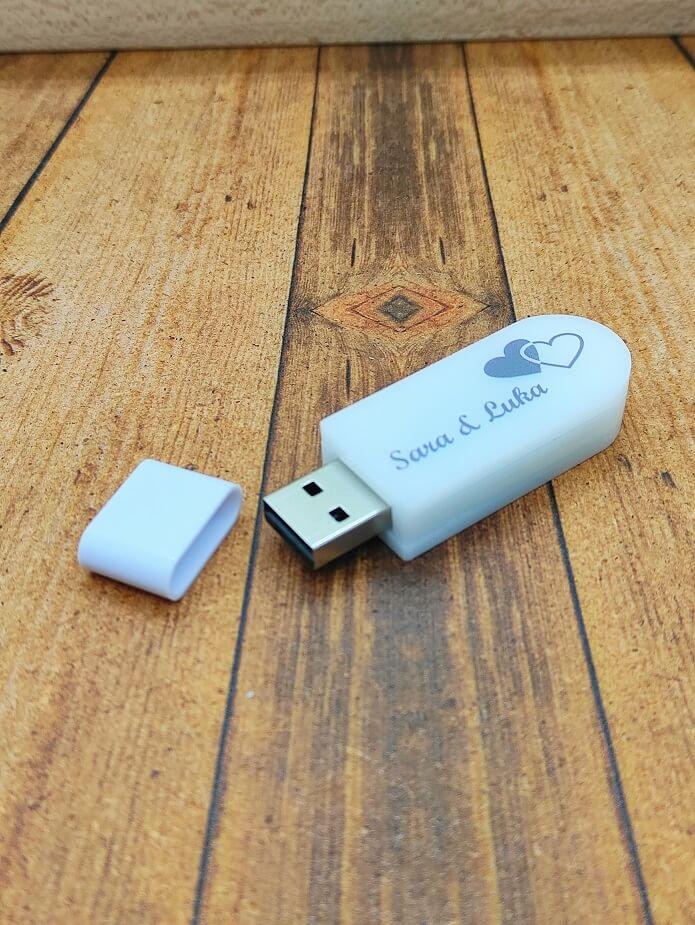 USB ključek 4Gb, 8Gb, 16Gb, 32Gb