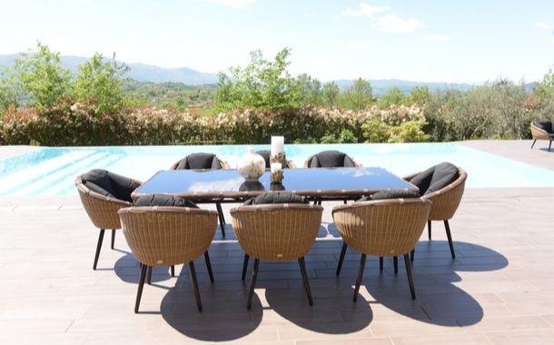 Non perdere tempo approfitta delle nostre promozioni sui mobili da giardino: Arredamento Outdoor Per Esterni E Mobili Giardino Design