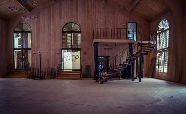 Mike Tyson S Abandoned Ohio Mansion Is Spectacular Take A