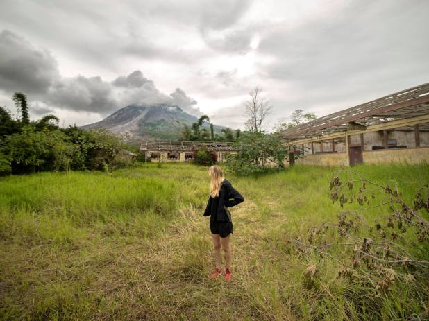 Guy Sneaks Into Abandoned Volcano Town And Takes The Most Incredible Photos 18558665 1408478069231803 8099849782452892048 o