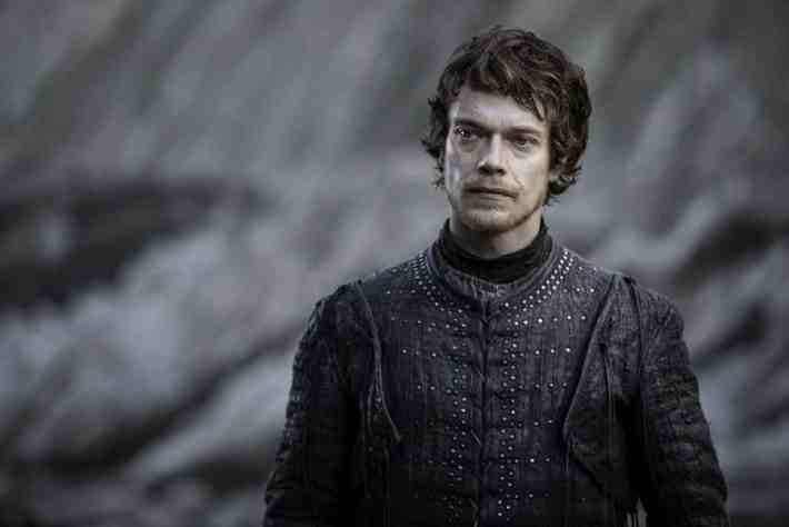 Most F*cked Up Jon And Daenerys Theory Started By George R.R. Martin Himself Game of Throne Season 7 Finale Theon 1