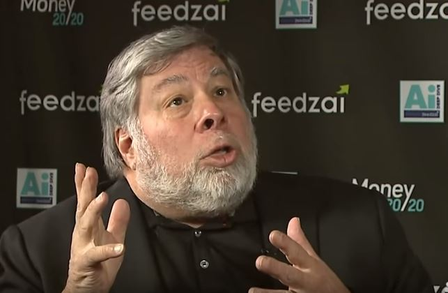 Apple Co Founder Admits What Everyone Thinks About New iPhones Is True APPLE 1