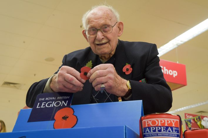 100 Year Old Auschwitz Survivor Still Sells Poppies At His Local Store PA 33490110