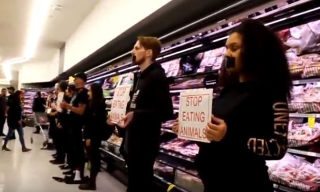 Shoppers furious at vegan protesters in supermarket