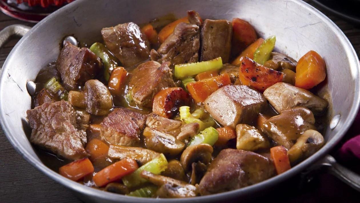 Estofado de Res con Verduras - Receta Unilever Food Solutions