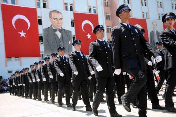 İçişleri Bakanı 14 Bin 700 Polis Alımı Yapılacağını Söyledi!