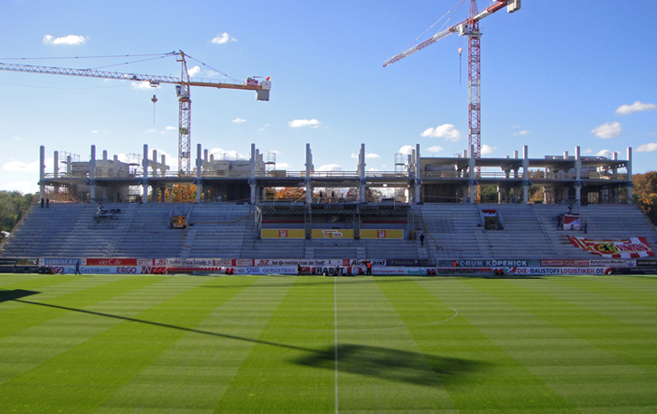 Alte_Försterei: new main stand construction
