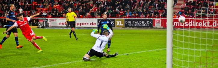 Fabian Schönheim scores the 2:0