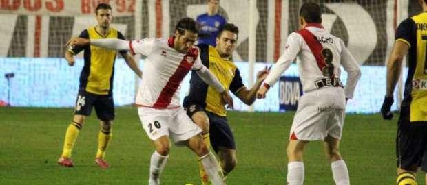 Larrivey, jugador más votado ante el Atlético