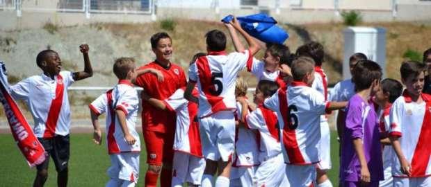 El Alevín A tras proclamarse campeón de Liga