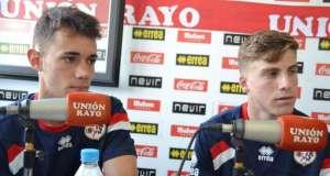 Los jugadores del Juvenil A Quirós y Pep Biel tras la victoria ante el Valladolid