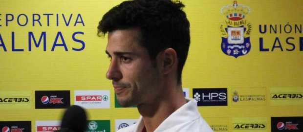 """Javi Guerra tras el UD Las Palmas 0-1 Rayo: """"El primer gol es el que más cuesta"""""""
