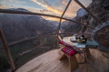Skylodge Adventure Suites - Sleeping In Transparent