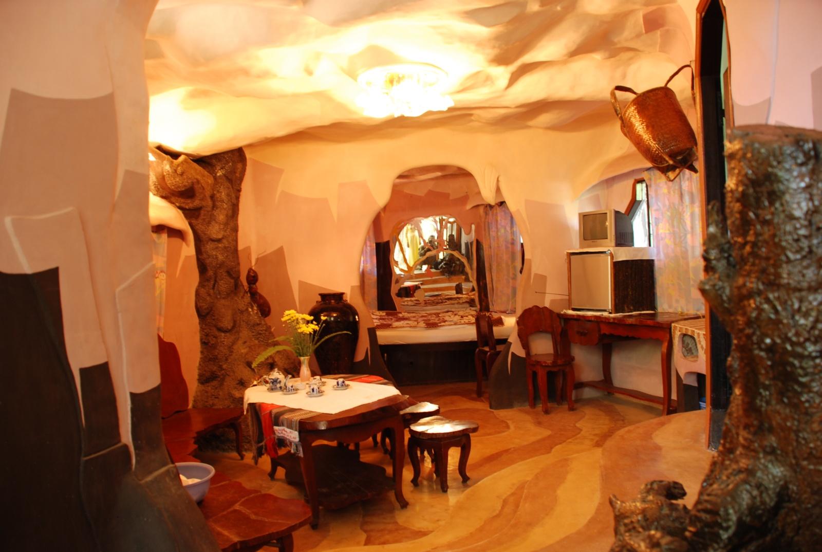 Hang Nga Guesthouse aka Crazy House
