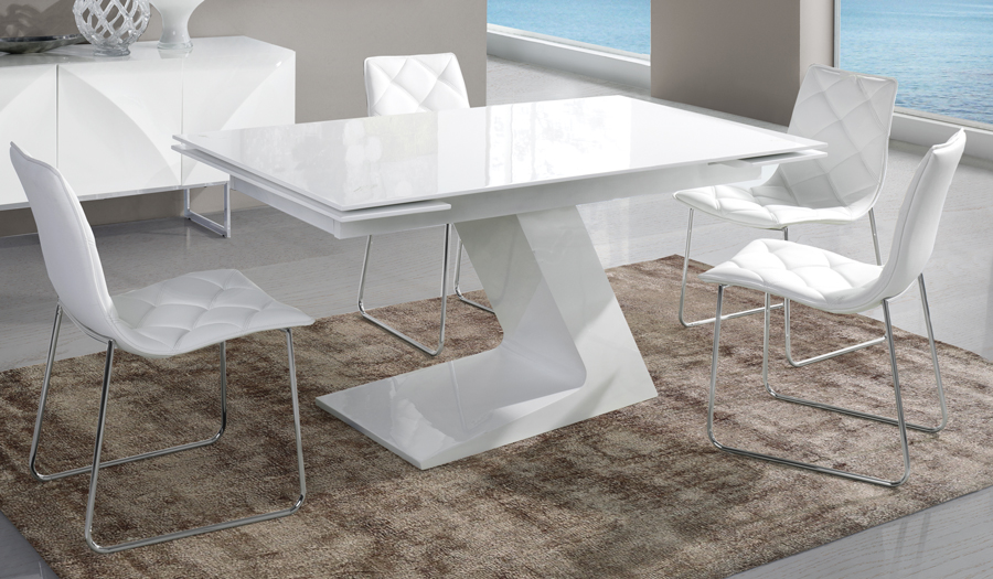 photo d une table avec rallonge