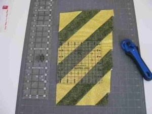 half square triangle for your quilt