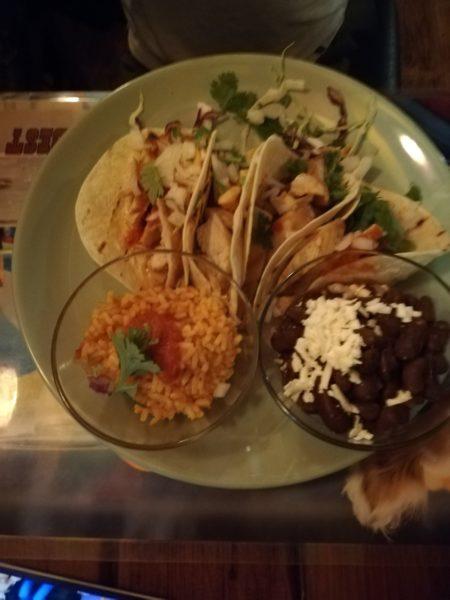 Mâncare mexicană la El Torito