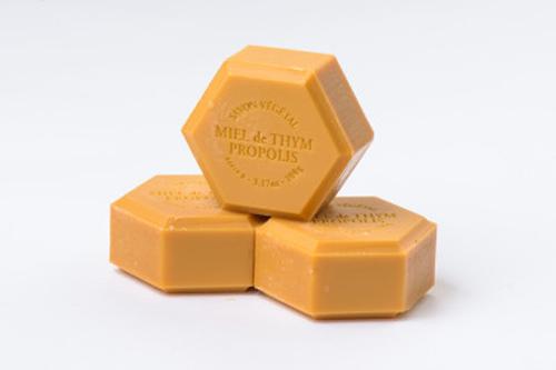 Sapun cu miere si propolis APIDAVA Natură - frumusețe, natural - sănătate (Apidava)