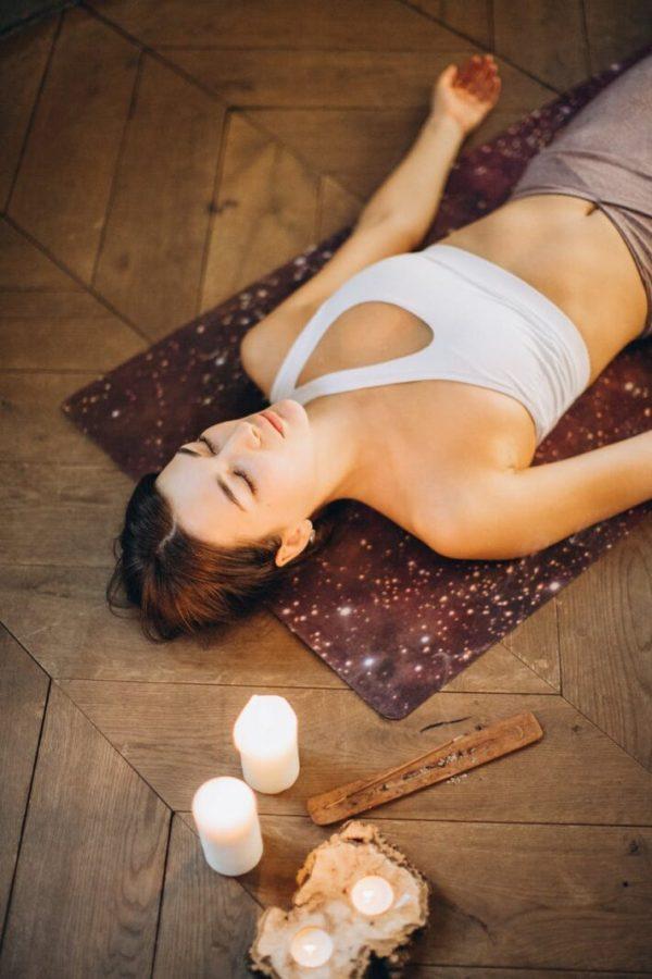 pexels photo 3822647 Recomandări și exerciții pentru somn de calitate