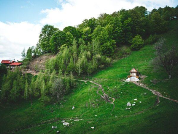 pexels photo 2638503 Petrecerea surpriză de la munte (Cheia)