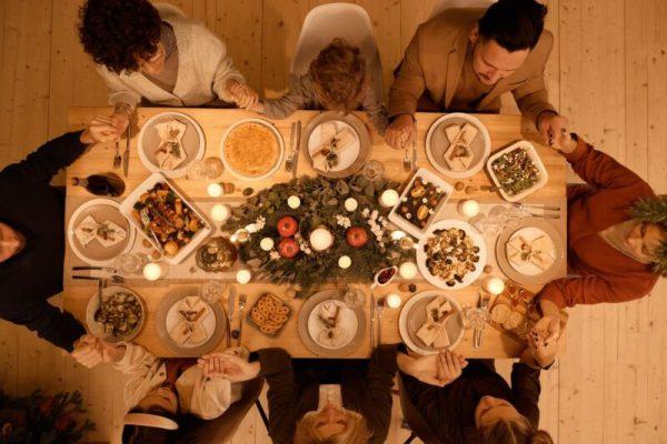 pexels photo 5779170 5 recomandări pentru a mânca în familie
