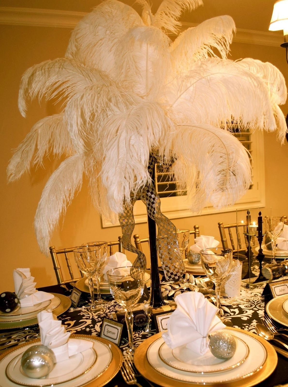 10 Fashionable The Great Gatsby Party Ideas