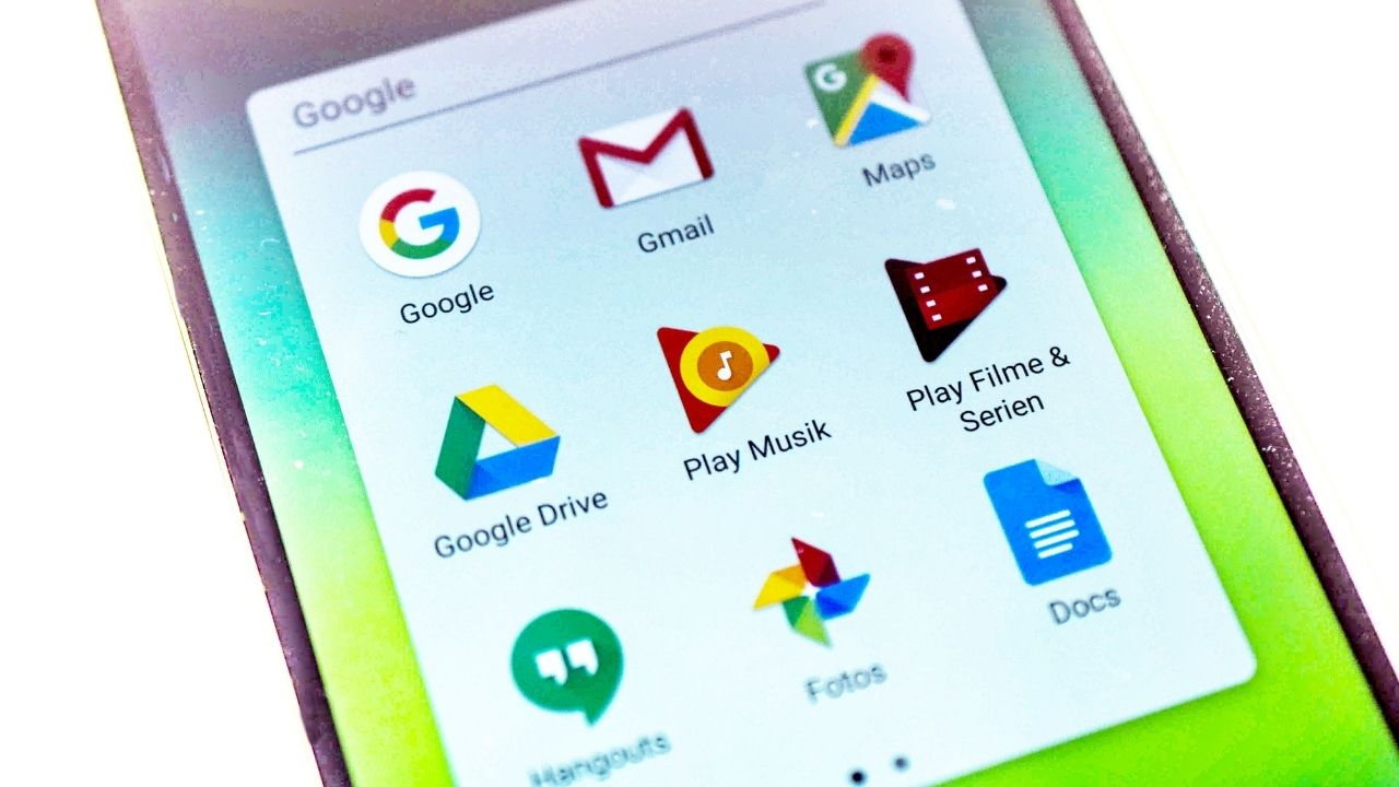 Top 8 Reasons: Why You Should Prefer Android Apps Over iOS Apps