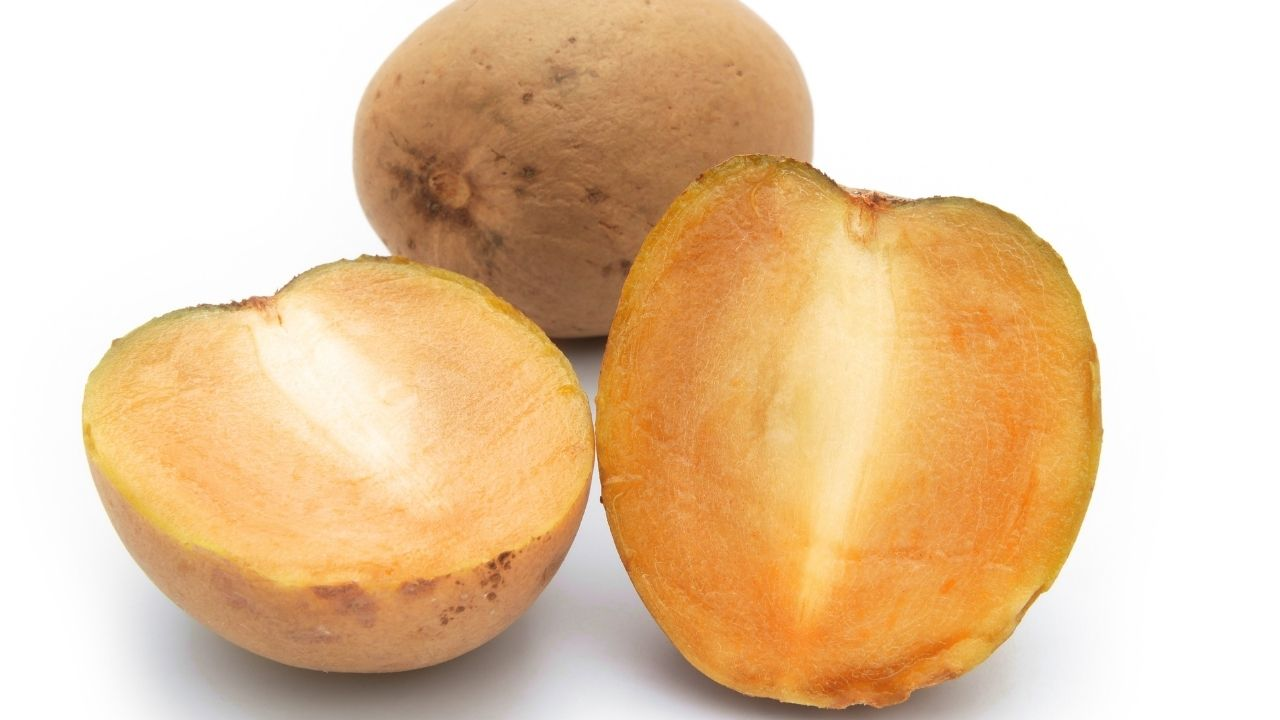 Consumption of chiku is effective in weight loss, along with immunity, increases body fitness