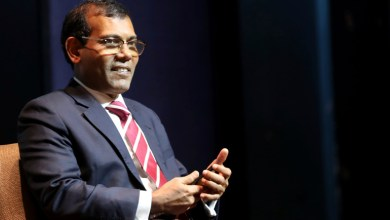 Maldives: Former President Mohamed Nasheed injured in a bomb blast