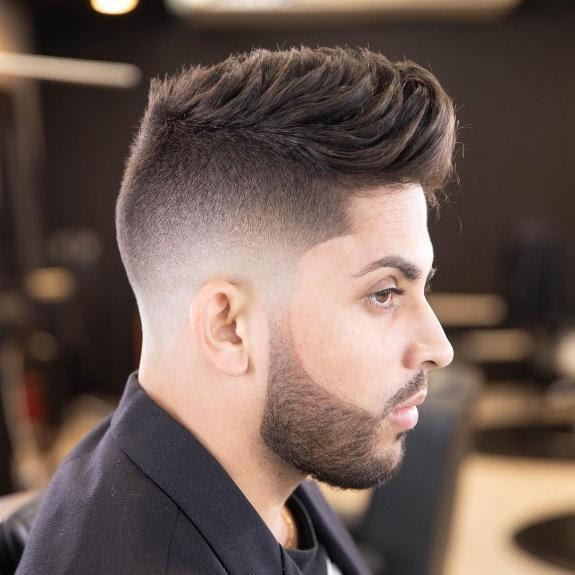 Stylish Men's Haircuts to Try This Year