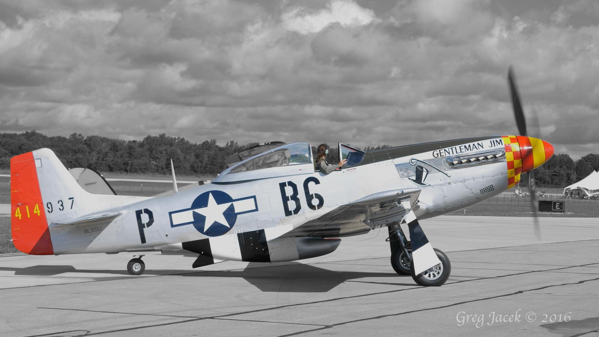 P-51 Mustang Start Up and Take Off 4K 5.1 Surround Sound