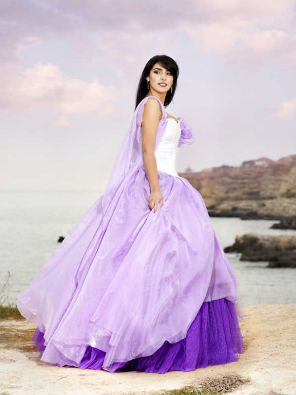 A Purple Wedding Dress looking for ideas and inspiration