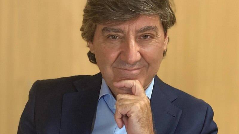 Retrato Óscar Fernández de León