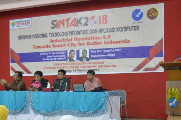 seminar nasional FTI - feat