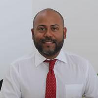 director-de-escuela-administracion-negocios-internacionales-200×200