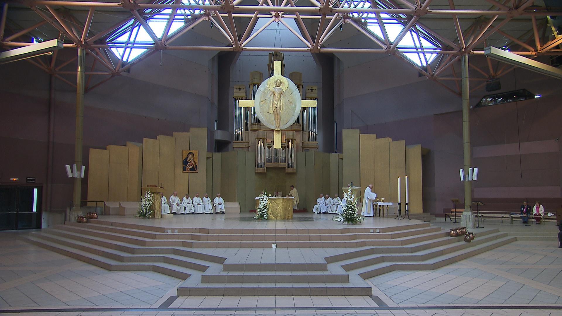 Basiliche e chiese  UNITALSI Lourdes