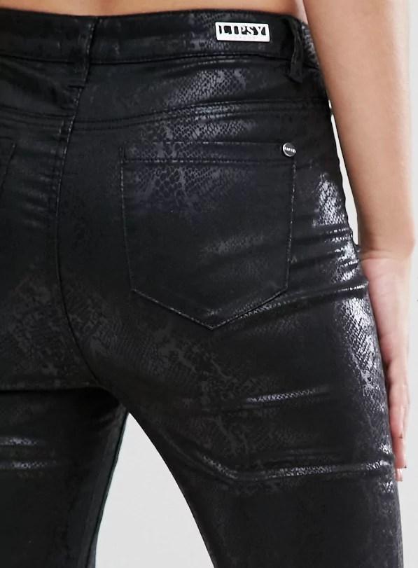taylor swift reputation tour outfit ideas metallic snake print jeans
