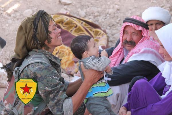 YPG-Guerillero (1)