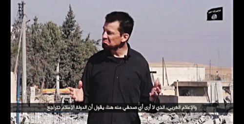 John Cantlie en un vídeo de Estado Islámico en Kobane [Foto: Karl-Ludwig Poggemann vía Flickr]