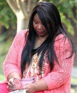 IMG_4735_lady-on-bench_1900b