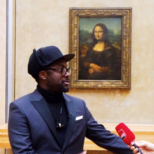 Mona Lisa Smile Mus Du Louvre Au