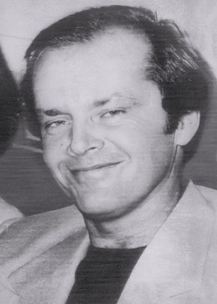 """John Joseph """"Jack"""" Nicholson (n. 22 aprilie 1937) este un actor, regizor și producător american. Este renumit pentru rolurile sale complexe (Jack Nicholson în 1976) - foto preluat de pe ro.wikipedia.org"""