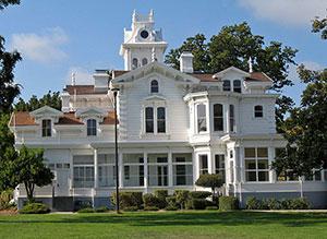 Meek Mansion in Hayward