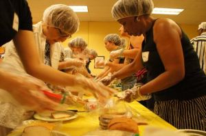PHOTOS: CommUnity-wide Service Opportunity
