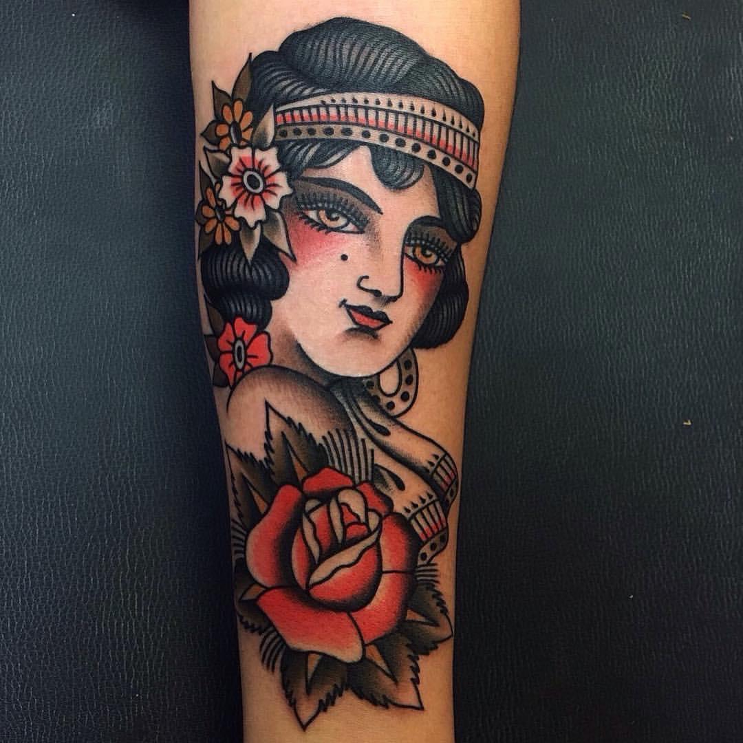 El Buho Unity Tattoo Granada