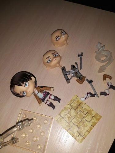 FigurineL'attaque des Titans Levi Chibi photo review